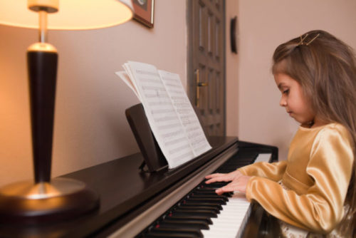 first piano lesson, Piano lessons nyc, Manhattan, Brooklyn, Queens, Harlem, Washington Heights, Piano lessons near me