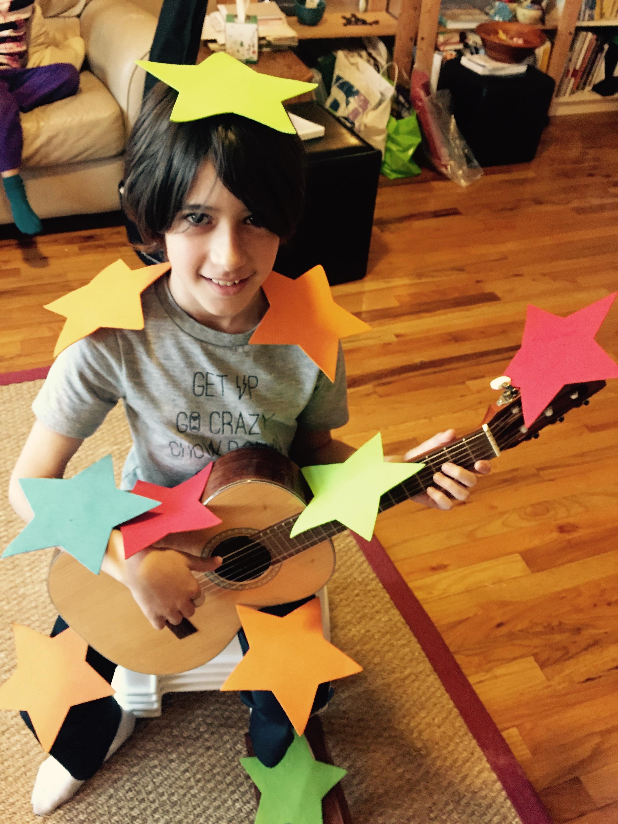 Good posture, guitar lessons nyc, Manhattan, Brooklyn, Queens, Harlem, Washington Heights, Guitar lessons near me