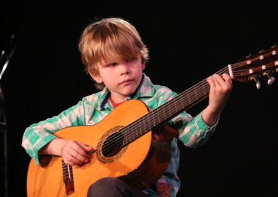 guitar Lessons nyc for kids & adults