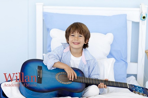 How Parents With No Guitar Knowledge Can Help Their Kids?