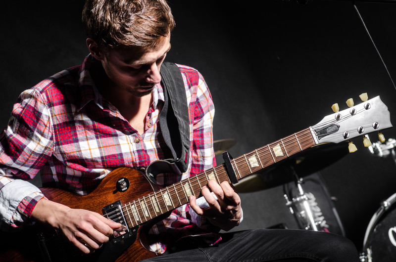 What To Do When Your Guitar Playing Isn't Getting Better