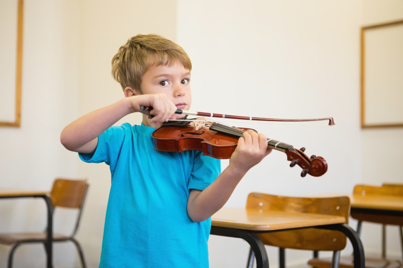 Violin, in home music lessons